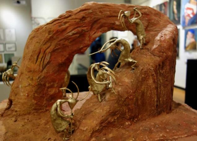 Sculpture by Tina B.