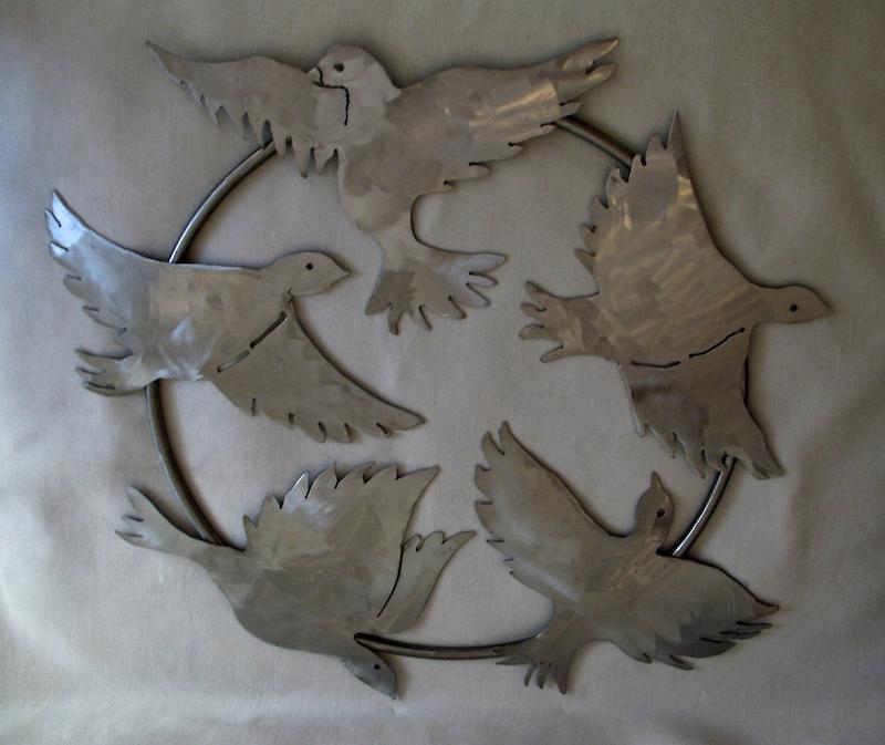 Anne Stanner, Peace Doves Wreath, 2014. Welded steel, 20 in. diameter x 1 in.